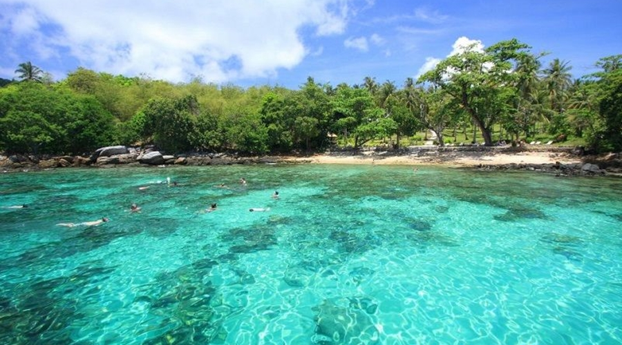 Raya Island Full Day Tour by Speed Boat